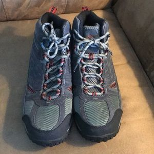 Columbia boots. Barely worn.